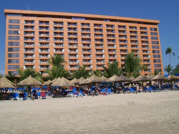 Barcelo Ixtapa Beach