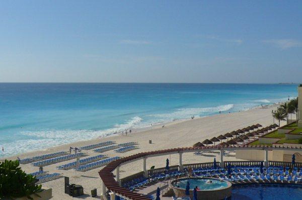 Marcia CUN pic areial beach 1